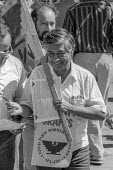 San Francisco California USA Cesar Chavez UFW protest at Safeway grape boycott to protest the exposure of farmworkers to pesticides - David Bacon - 26-08-1989