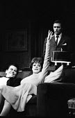 Mary Mary written by Jean Kerr, Queens Theatre London 1963 starring Maggie Smith Ron Randall (L) and Donald Harron (R) - Alex Low - 27-02-1963