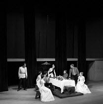 1957 Joan Littlewood Theatre Workshop production of Macbeth with Glynn Edwards (L) Eileen Kennally and Richard Harris (R) Theatre Royal Stratford East London - Alan Vines - 09-03-1957