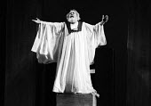 RSC 1959 KIng Lear by William Shakespeare directed by Glen Byam Shaw and with actor Charles Laughton - Alan Vines - 18-08-1959