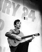 Jake Thackray singing benefit gig for Shrewsbury 24 pickets London 1973 - Chris Davies - 1970s,1973,ACE,activist,activists,against,anti union law,Anti Union laws,CAMPAIGN,campaigner,campaigners,CAMPAIGNING,CAMPAIGNS,cities,City,culture,DEMONSTRATING,Demonstration,DEMONSTRATIONS,DISPUTE,DI
