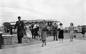 SHAPE NATO Allied Command Europe, Marlais France 1952. Military and civilians arrive for work - Denise Colomb - 05-04-1952