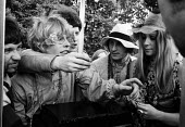 Celebration of Flower Power, Hyde Park London, 1967 - Patrick Eagar - 07-07-1967