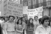 London 1974 Greek Cypriots protest against partition of Cyprus after the Turkish invasion. Henry Kissinger youve won the nobel prize for murder - NLA - 25-08-1974