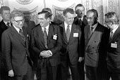 Denis Healey meeting with EC finance ministers, Lancaster House, London 1975 Wim Duisenberg Netherlands (L) Willy De Clercq Belgian (L) Denis Healey UK, Hans Apel West Germany, Bruno Visentini Italy,... - NLA - 07-01-1975