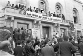 Protest against cuts and rate capping Hackney Town Hall London 1985 - NLA - 1980s,1985,activist,activists,against,banner,banners,campaign,campaigning,CAMPAIGNS,Chats Palace,council,COUNCILER,COUNCILERS,councillor,councillors,councilor,councilors,cuts,democracy,DEMONSTRATING,D