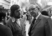 Ricky Tomlinson speaking to Jack Jones TGWU, TUC conference Blackpool 1975. Tomlinson one of the jailed trade union members known as The Shrewsbury Two, Ricky having been released was campaigning for... - Chris Davies - 1970s,1975,activist,activists,against,CAMPAIGN,campaigner,campaigners,campaigning,CAMPAIGNS,communicating,communication,Conference,conferences,conversation,conversations,DEMONSTRATING,DEMONSTRATION,DE