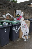 Art is Trash Graffiti on rubbish next to wheelie bins, Haringey London - Duncan Phillips - 2010s,2018,ACE,art,arts,artwork,artworks,backstreet,backstreets,bin,cartoon,CARTOONS,cities,City,council,Council Services,Council Services,culture,domestic,EBF,Economic,Economy,funny,Graffiti,humor,hu