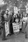 William Tyndale School, North London 1975 Parents turn out to support teachers trying to institute a radical child centred system at the school. The controversy led to greater government authority in... - NLA - 1970s,1975,activist,activists,CAMPAIGNING,CAMPAIGNS,child-centred schooling,DEMONSTRATING,Demonstration,dismissal,FAMILY,FEMALE,government,London,male,man,men,parent,parenthood,parenting,parents,peopl