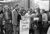 William Tyndale School, North London 1975 Parents turn out to support teachers trying to institute a radical child centred system at the school. The controversy led to greater government authority in... - NLA - 1970s,1975,activist,activists,CAMPAIGNING,CAMPAIGNS,child-centred schooling,DEMONSTRATING,Demonstration,dismissal,FAMILY,FEMALE,government,ILEA,London,male,man,men,parent,parenthood,parenting,parents,