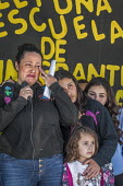 Richmond Detention Center, California USA People of faith vigil against imprisonment of immigrants. Lourdes speaking and her daughters Sofia, Anna and Isabel, her husband Fernando has been detained fo... - David Bacon - 03-02-2018
