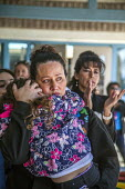 Richmond Detention Center, California USA People of faith vigil against imprisonment of immigrants. Lourdes and her daughters Sofia, Anna and Isabel, her husband Fernando has been detained for three m... - David Bacon - 03-02-2018
