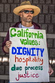Richmond Detention Center, California USA faith vigil protest against imprisonment of immigrants - David Bacon - 03-02-2018