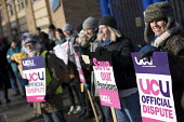 UCU university lecturers strike in a pensions dispute, Queen Mary University of London. - Jess Hurd - 26-02-2018