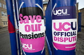UCU university lecturers strike in a pensions dispute, Queen Mary University of London. - Jess Hurd - 2010s,2018,dispute,disputes,East,FEMALE,industrial dispute,London,member,member members,members,pension,pensions,people,person,persons,picket,picket line,picketing,pickets,Queen,Queen Mary University