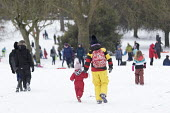 Sledging in St Andrews Park, Bristol - Paul Box - 02-03-2018