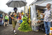 Big Island, Hawaii, Saturday Makuu Farmers Market, Pahoa, a town with many people living alternative lifestyles - David Bacon - 25-02-2018