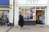 Homeless on the street and shop closing down, Stratford upon Avon - John Harris - 2010s,2018,age,ageing population,bought,buy,buyer,buyers,buying,close,CLOSED,closing,closing down,closure,closures,commodities,commodity,consumer,consumers,customer,customers,doorway,DOWNTURN,EBF,Econ