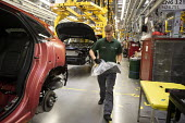 Jaguar Land Rover factory, Solihull - John Harris - 2010s,2017,assembly,AUTO,AUTOMOBILE,AUTOMOBILES,automotive,car,Car Industry,carindustry,cars,EBF,Economic,Economy,employee,employees,Employment,engineer,engineers,FACTORIES,factory,fitting,Jaguar,Jagu