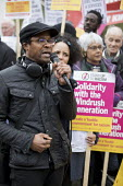 Brian Richardson speaking Solidarity with Windrush generation and their families Stand Up to Racism protest as the issue is debated in Parliament, Westminster, London - Jess Hurd - 2010s,2018,activist,activists,against,Anti Racism,anti racist,BAME,BAMEs,bigotry,Black,BME,bmes,Brian Richardson,CAMPAIGNING,CAMPAIGNS,Caribbean,DEMONSTRATING,demonstration,Diaspora,DISCRIMINATION,div