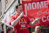 McDonalds workers strike for £10 per hour, an end to zero hours contracts and union recognition on International Workers Day, Watford, home to global CEO Steve Easterbrook - Jess Hurd - 2010s,2018,£10 per hour,ACTIVIST,ACTIVISTS,against,banner,banners,BFAWU,Cambridge,campaign,campaigner,campaigners,campaigning,CAMPAIGNS,catering,contract,contracts,DEMONSTRATING,demonstration,DEMONST