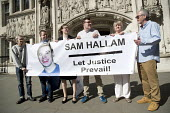 Justice for Sam Hallam appeal for compensation for miscarriage of justice at the Supreme Court, London. Sam Hallam served seven years for a murder he did not commit - Jess Hurd - 2010s,2018,activist,activists,appeal,CAMPAIGNING,CAMPAIGNS,CLJ,compensation,court,courts,Crime,DEMONSTRATING,Demonstration,Justice,Law,London,Maguire 7,miscarriage,miscarriage of justice,Miscarriages