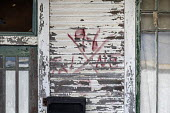 New Orleans, Louisiana, USA: An x code on an abandoned house, Bywater. The markings reveal when and by whom the house was searched following Hurricand Katrina along with hazards encountered and victim... - Jim West - 21-04-2018