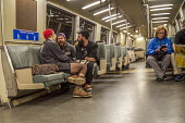 San Francisco, California, USA: Passengers on the Bay Area Rapid Transit train between San Francisco and Oakland as they go through the tunnel beneath San Francisco Bay - David Bacon - 20-01-2018