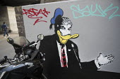 Donald Trump as Donald Duck graffiti Ladbroke Grove, London - Jess Hurd - 2010s,2018,ACE,art,arts,capitalism,capitalist,caricature,cartoon,CARTOONS,cities,City,culture,Disney,Donald Duck,Donald Trump,dystopia,dystopian,graffiti,Kensington,London,money,mural,murals,painting,