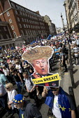 Donald Trump Loves Brexit placard, People's Vote March, Pro EU protest against Brexit and for a referendum on the final deal, London - Jess Hurd - 2010s,2018,activist,activists,against,Best for Britain,Brexit,campaign,campaigner,campaigners,campaigning,CAMPAIGNS,democracy,DEMONSTRATING,demonstration,DEMONSTRATIONS,Donald Trump,EU,European Moveme