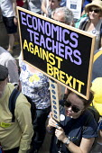 Economics Teachers Against Brexit. People's Vote March, Pro EU protest against Brexit and for a referendum on the final deal, London - Jess Hurd - 2010s,2018,activist,activists,Against,Best for Britain,Brexit,campaign,campaigner,campaigners,campaigning,CAMPAIGNS,democracy,DEMONSTRATING,demonstration,DEMONSTRATIONS,Economics,Economics Teachers Ag