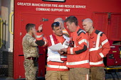 Soldiers and Fire and Rescue deployed to Saddleworth Moor fire, Stalybridge, Derbyshire - Jess Hurd - 2010s,2018,adult,adults,armed forces,army,commander,commanders,communicating,communication,conversation,conversations,Derbyshire,DIA,dialogue,discourse,discuss,discusses,discussing,discussion,Emergenc
