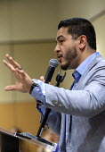 Detroit, Michigan, USA Abdul El-Sayed campaigning for the Democratic nomination for governor of Michigan, Wayne State University. If elected, El-Sayed would be the nation's first Muslim governor. He w... - Jim West - 2010s,2018,Abdul El-Sayed,America,Arab-American,BAME,BAMEs,BME,bmes,campaign,campaigning,CAMPAIGNS,candidate,CANDIDATES,DEMOCRACY,Democratic Party,Democrats,Detroit,Diaspora,diversity,election,ELECTIO