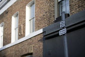 Community activists erecting spoof street signs highlighting the levels of drug dealing in London E2, which apparently has the cheapest heroin in Europe. The anti drugs street art campaign called the... - Jess Hurd - 16-09-2018