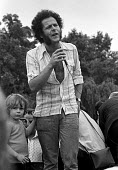 Northern Ireland civil rights leader Eamonn McCann speaking, protest against internment, London 1975 - Martin Mayer - 10-08-1975
