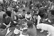 Gay Pride picnic, Hyde Park, London 1977 - NLA - 25-06-1977