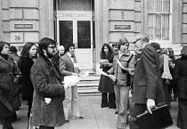 Civil servants picketing the cabinet office CPSA strike, London 1977 - NLA - 1970s,1977,cabinet office,Civil servants strike,CPSA,DISPUTE,disputes,Industrial dispute,London,member,member members,members,pay rate,pay rates,people,Picket,Picket Line,picketing,pickets,strike,STRI