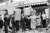 Harrods staff strike over low pay, London 1978 - NLA - 1970s,1978,activist,activists,against,BAME,BAMEs,Black,Black and White,BME,bmes,CAMPAIGNING,CAMPAIGNS,DEMONSTRATING,Demonstration,DISPUTE,disputes,diversity,EARNINGS,ethnic,ethnicity,FEMALE,Harrods,Ha