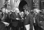 Jimmy Kelly Action Committee lobbying MP Harold Wilson, Houses of Parliament 1980. Kelly died an hour after being arrested and allegedly being kicked and beaten by police - NLA - 1980,1980s,activist,activists,adult,adults,against,brutality,CAMPAIGNING,CAMPAIGNS,DEATH,death in police custody,deaths,DEMONSTRATING,Demonstration,died,Harold Wilson,Houses,inquest,Jimmy Kelly,Labour