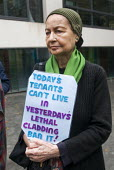 Safe Cladding and Insulation Now. Following the Grenfell tragedy, protest at Ministry of Housing Communities and Local Government demanding safe cladding for housing and public sector buildings and pr... - Stefano Cagnoni - 17-10-2018