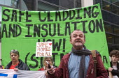 Phil Murphy of Fuel Poverty Action speaking, Safe Cladding and Insulation Now protest, MHCLG, London. Following the Grenfell tragedy, protest demanding safe cladding for housing and public sector buil... - Stefano Cagnoni - 17-10-2018