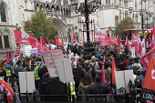 Dave Ward, CWU speaking Rise of precarious workers protest, supporting Uber drivers for employment rights in the High Court, organised by IWGB trade union, London - Jess Hurd - 30-10-2018