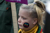 Stand Up To Racism protest London. Young girl on the demonstration - Stefano Cagnoni - 17-11-2018
