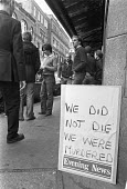 Last day of the The Evening News, London 1980 after a deal between Lords Rothermere and Matthews. The paper was merged with its long-time rival the Evening Standard. We did not die we were murdered - NLA - 31-10-1980
