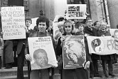 Peter Hain, Joanna Lumley, protest for the release of Nelson Mandela from South African jail, 1981, South Africa House London - NLA - 22-03-1981
