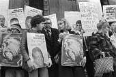 Peter Hain, Mick McGahey, Joanna Lumley, protest for the release of Nelson Mandela from South African jail, 1981, South Africa House London - NLA - 22-03-1981