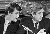 Press conference 1981 by the leaders of the Fine Gael Labour Party coalition government in Ireland: Michael O'Leary (L) and Taoiseach Garret Fitzgerald - NLA - 06-11-1981
