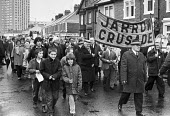 Jarrow marchers set off from Jarrow to London 1981 in the footsteps of the famous Jarrow March of 1936, to highlight unemployment and the collapse of industry in the town. Michael Foot MP (C) - NLA - 1980s,1981,activist,activists,against,banner,banners,CAMPAIGNING,CAMPAIGNS,capitalism,collapse,DEMONSTRATING,Demonstration,Industries,industry,Jarrow Crusade,Jarrow March,jobless,jobseeker,jobseekers,