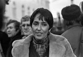 Mairead Corrigan, Women for Peace march, London 1976 - Peter Arkell - 27-11-1976
