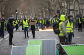 Paris, France Yellow Vest movement protest, Champs Elysees area - Jess Hurd - 2010s,2018,activist,activists,adult,adults,against,anti capitalism,Anti Capitalist,Austerity Cuts,CAMPAIGN,campaigner,campaigners,CAMPAIGNING,CAMPAIGNS,Champs Elysees,cities,City,CRS,DEMONSTRATING,Dem